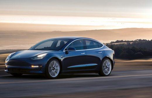 cb0765d9cd6c026d67257490134dd123 520x335 - Электрокар Tesla Model 3 будет продаваться в России