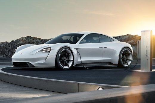 d121070915d96f1a84e5c4bbbf518de5 520x345 - Porsche удвоит затраты на системы электропривода до 6 млрд евро