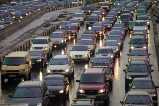 dc22dfd5fddc5348794af9cea06a68c2 520x347 - В России на тысячу жителей приходится 288 легковых автомобилей