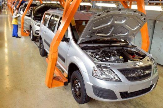 e6c1479d74a5dafff6d706038f14de50 520x347 - LADA Largus получил новый двигатель российского производства