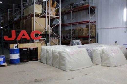 e926741a8956608540c727b3dafa9100 520x347 - JAC открыл склад запасных частей в России