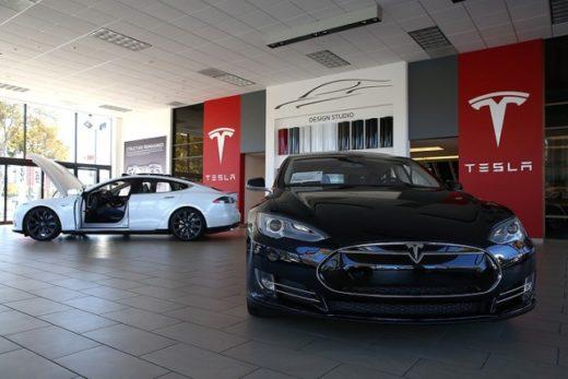 ea1142fbdb3c995c49ec8e16fcf00d0a 520x347 - Tesla начнет производство нового электромобиля Model 3 в сентябре