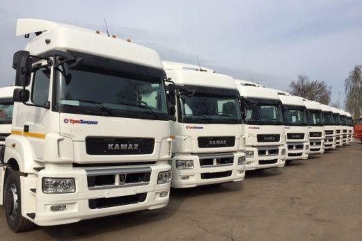 ef7f0a701c4252e67d128040e860c338 520x347 - КАМАЗ поставил седельные тягачи для X5 Retail Group