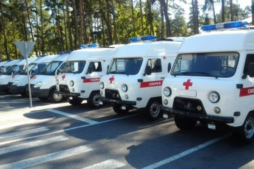 f08191cca94498e017bf637bfa760e1c 520x347 - Правительство выделит дополнительные 5 млрд рублей на поставки школьных автобусов и автомобилей скорой помощи