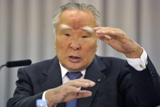 f604e45064c55f12ad1249cf7abb1f76 520x347 - Глава Suzuki объявил об отставке из-за топливного скандала