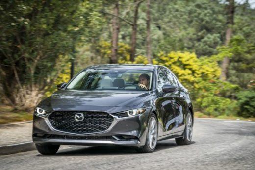f954d1d129bd49c8ec9befdcb775b105 520x347 - Объявлена стоимость седана Mazda3 нового поколения