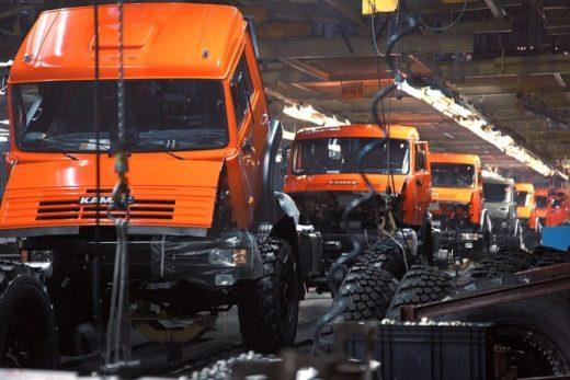 fc933b8f080997bc5efeab288eaa8219 520x347 - Производство грузовиков в 2015 году снизилось на 15%