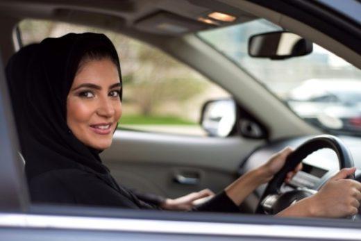 ffa00c8004c3a1ec896644789209495d 520x347 - Авторынок Саудовской Аравии начал расти благодаря появлению женщин-водителей